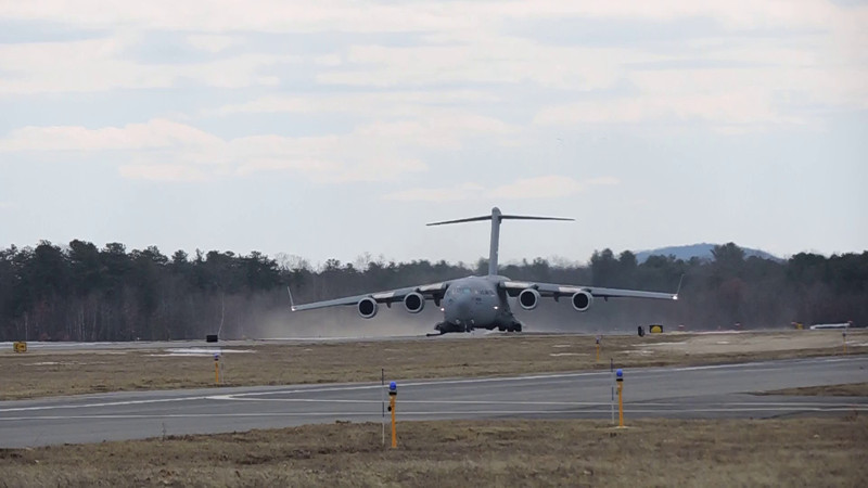 VIDEO - C-17 from Stewart AFB at take off