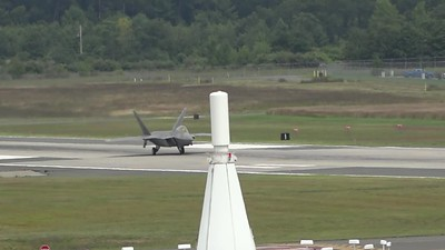 F-22 Raptor taxiing and taking off