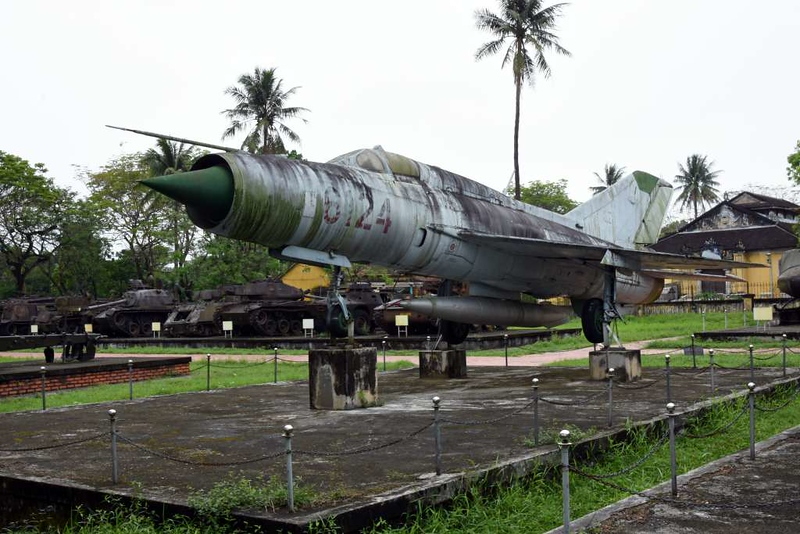 MiG-21 6124, Hue Military Museum, 10 March 2018 3.