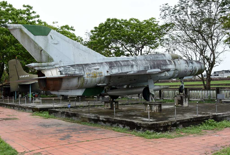 MiG-21 6124, Hue Military Museum, 10 March 2018 1.