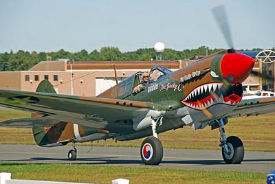 "Curtiss-Wright P-40 ""Warhawk"""