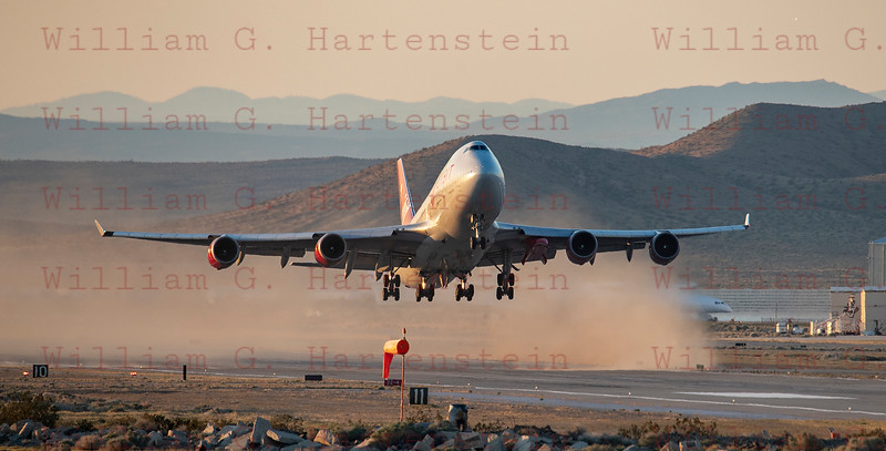 Virgin Orbit's Cosmic Girl departs Rwy 30 at Mojave Air and Space Port 04-10-2019