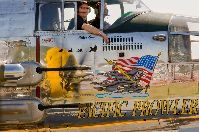 B-25 Mitchell - Pacific Prowler