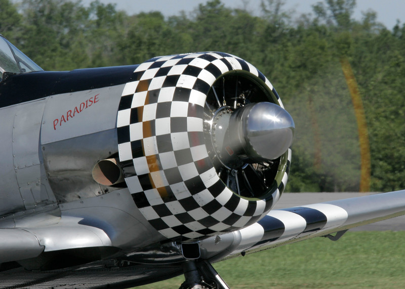 """North American AT-6 Texan """"Paradise"""" by Ken's Aviation.<br /> North American AT-6A Texan """"Paradise""""<br /> S/N: 41-16997<br /> Registration: N90629<br /> Pilot: Bob Ford<br /> Operated by: Paradise Airshows"""