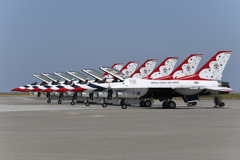 Thunderbirds at Travis AFB Air Show
