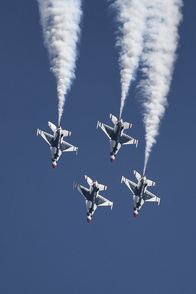 USAF Thunderbirds at Travis AFB Air Show