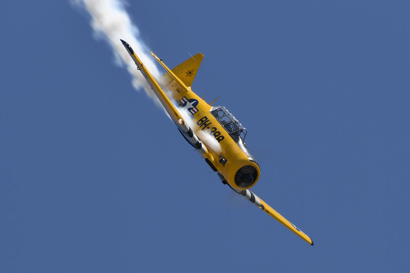 Barry Hancock's T-6 Texan at Travis AFB Air Show