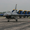 F16 in front of the Blue Angels - Thunder over MI - Aug 2015