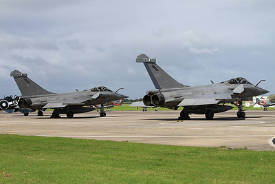French Navy Dassault Rafale M's, 6 & 20, on the pad ready for later display - 02/07/16.