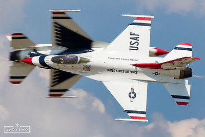 Thunderbird Opposing Knife Edge Pass