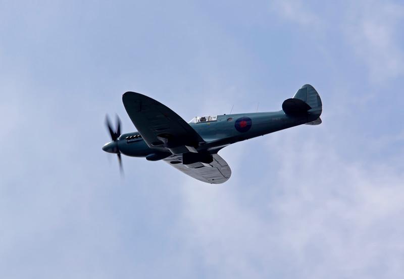 BBMF Spitfire PM631 (Mk PRXIX)
