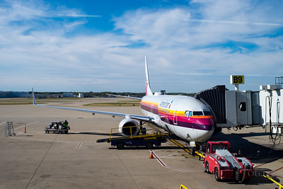 About to board the AirCal heritage livery 737 at KIND
