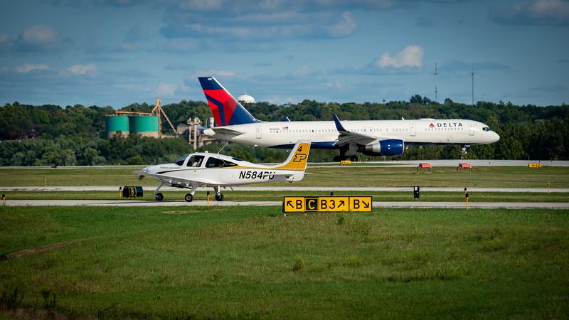 Delta 757 at Purdue