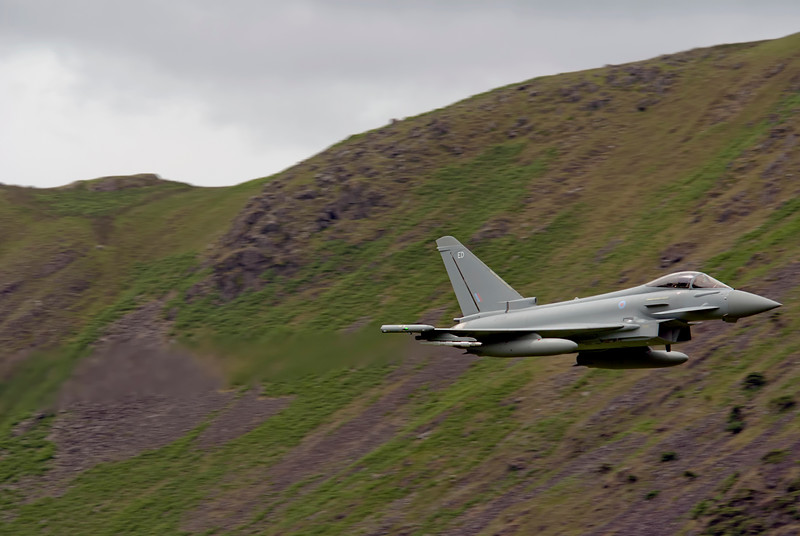 Eurofighter Typhoon from 2010-6 Sqn FGR4 ZK306 ED. Low fly