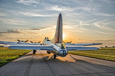 """Going West"" - B-17 ""Yankee Lady"""