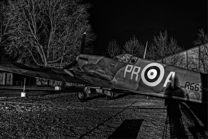 Supermarine Spitfire I R6690