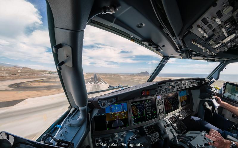 Boeing 737Max-8 Landing