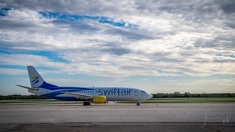 Swiftair 737 on the ramp at KLAF
