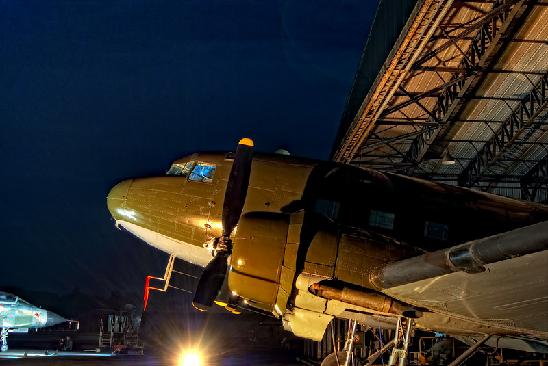 Douglas DC3 Dakota IV