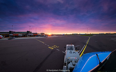 Crazy sunrise at Schiphol