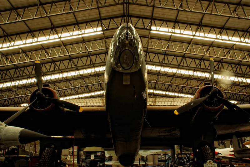 Handley Page Halifax II(III) 'LV907'
