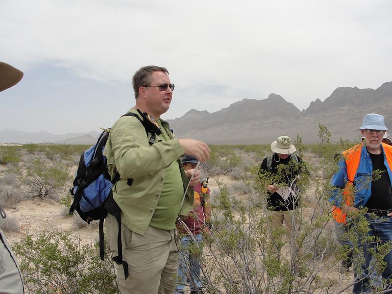 Craig Fuller giving us a pre-hike briefing.