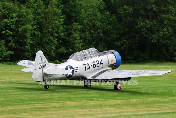 N4503B 1944  North American AT-6F