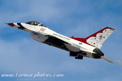 UnitedStatesAirForceThunderbirds_69