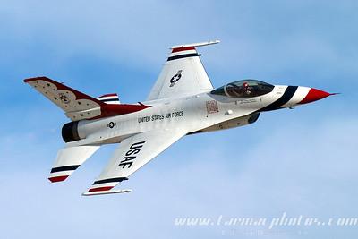 UnitedStatesAirForceThunderbirds_68