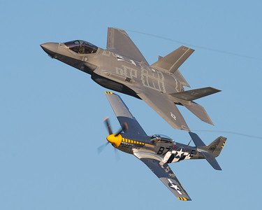 F-35 Lightning 2 and P-51 Mustang Heritage Flight at London Ontario 2017
