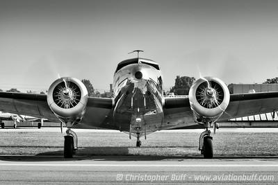 Electra Arrival - Christopher Buff, www.Aviationbuff.com