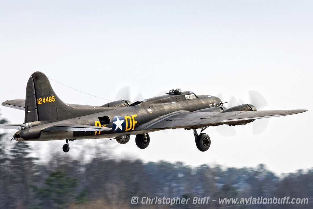 Flying Belle - Christopher Buff, www.Aviationbuff.com