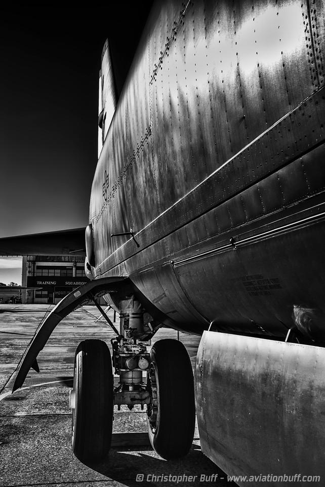 Cold War Steel - Christopher Buff, www.Aviationbuff.com