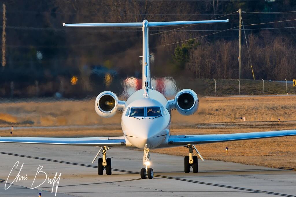 Gulfstream III - Christopher Buff, www.Aviationbuff.com