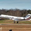 Gulfstream leaving PDK - 2016 Christopher Buff, www.Aviationbuff.com