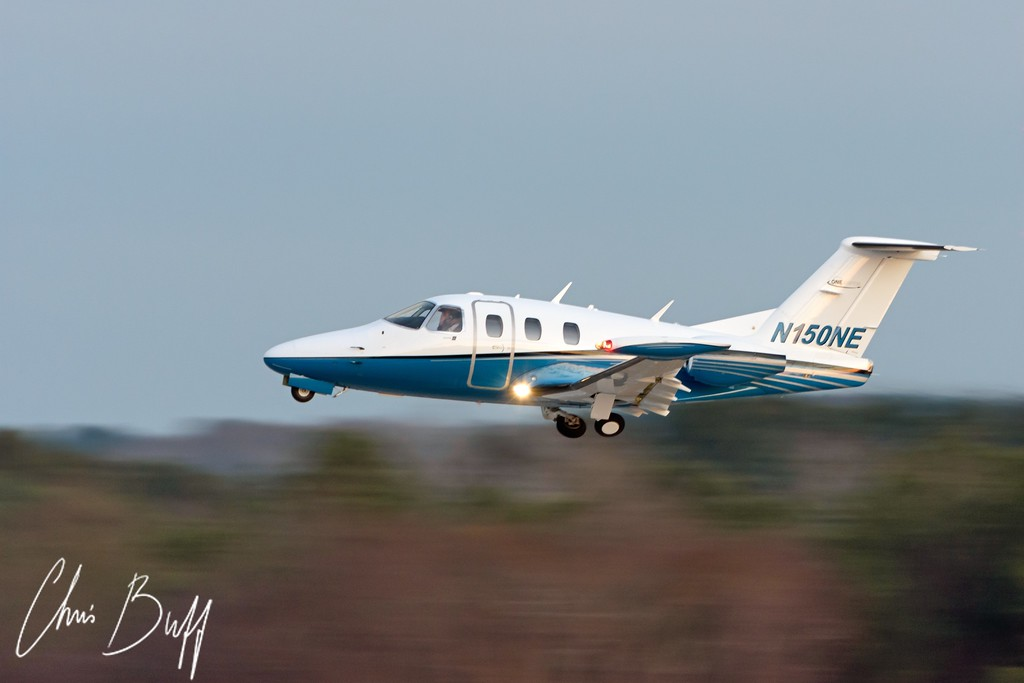 Speedy Departure - Eclipse Aviation 500 - 2016 Christopher Buff, www.Aviationbuff.com