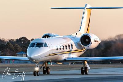 Sunset Arrival - Christopher Buff, www.Aviationbuff.com