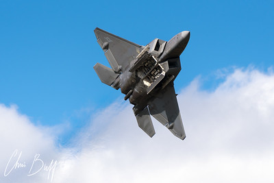 F-22 Weapons Bay Pass