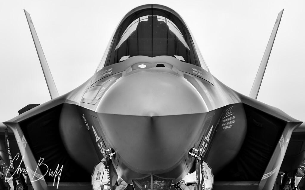 Stealth Lightning - 2015 Christopher Buff, www.Aviationbuff.com
