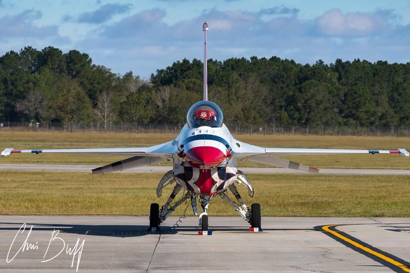 Nose-to-Nose with Thunderbird 1 - 2017 Christopher Buff, www.Aviationbuff.com