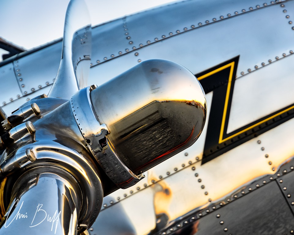Mirror Mirror - Christopher Buff, www.Aviationbuff.com