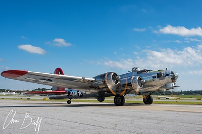 "B-17G Flying Fortress ""Madres Maiden"""