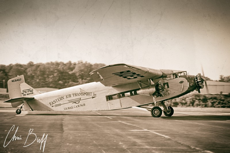 Flying During the Golden Age - Christopher Buff, www.Aviationbuff.com