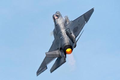 F-35C Climbing