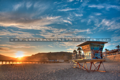 avila beach lifeguard tower 6973-