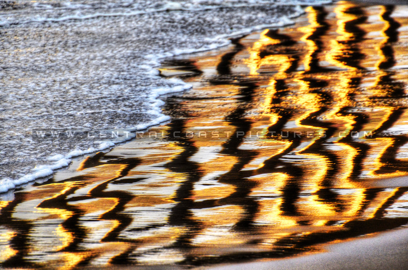abstract pier pilings_3680