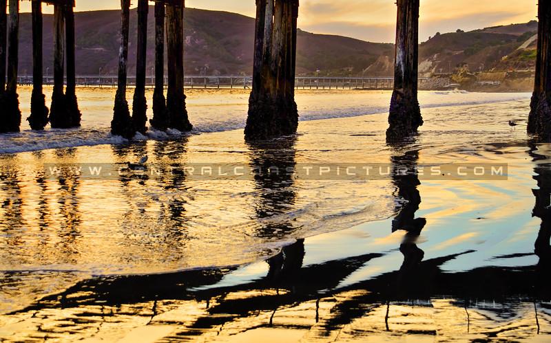 avila-pier-reflections_4738