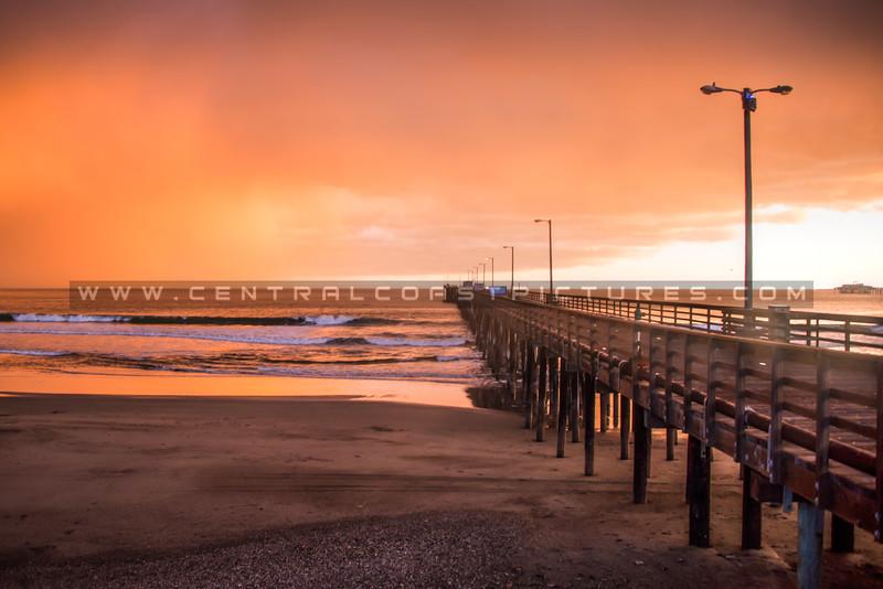avila pier sunset storm 4706-2