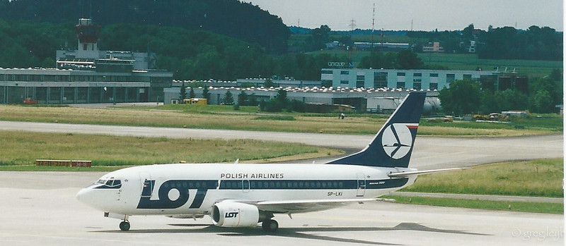 LOT B-737-500 SP-LKI