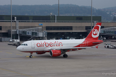 Belair/Air Berlin A-319-100 HB-JOY